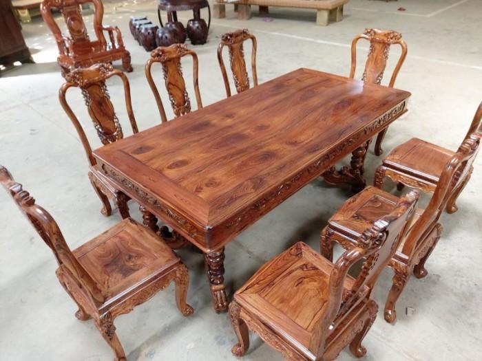 Bộ bàn ăn gỗ cẩm lai 8 ghế VIP được nhiều khách tìm mua tại quận 72