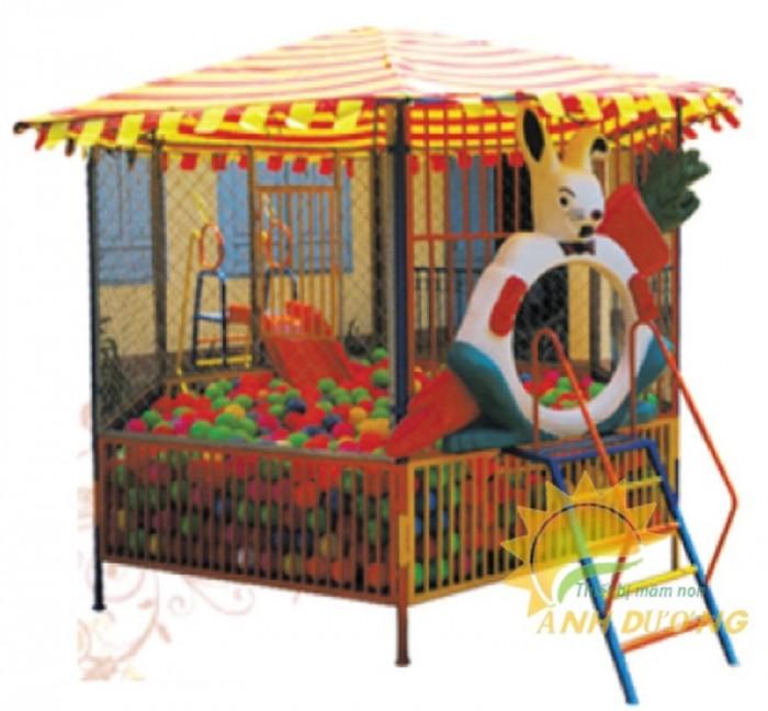 Nhận thi công nhà banh ngoài trời cho trường mầm non, công viên, khu vui chơi2