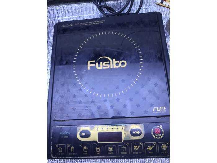 Bếp từ fusibo1