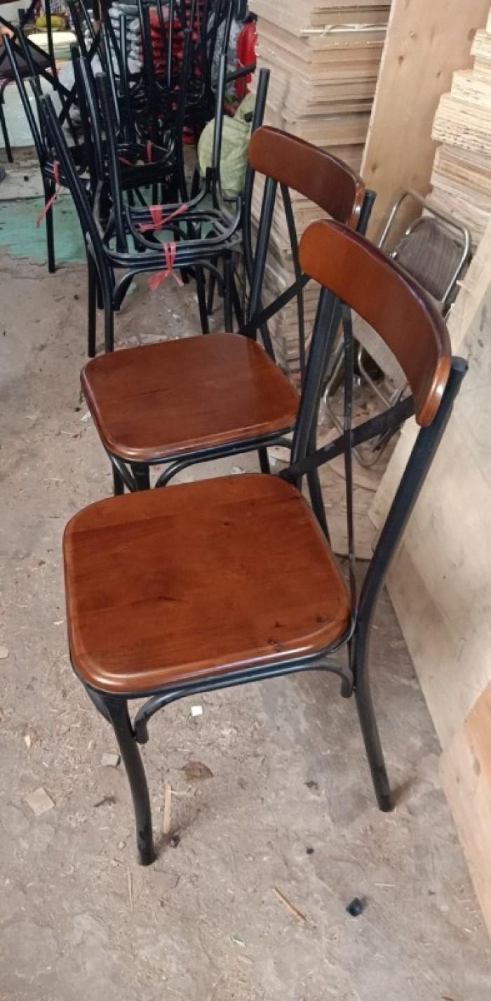Thanh lý ghế cafe sân vườn giá rẻ