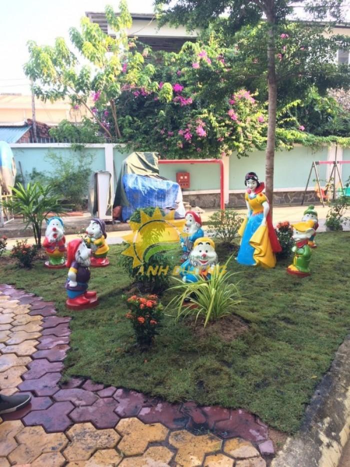 Chuyên cung cấp tượng cho vườn cổ tích cho trường mầm non, công viên, TTTM16