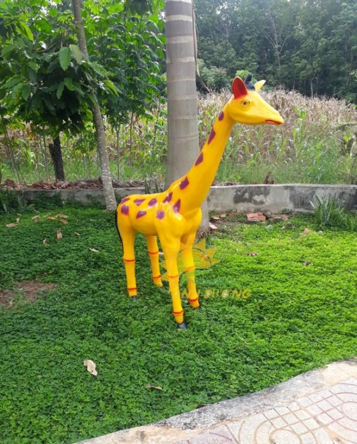 Chuyên cung cấp tượng cho vườn cổ tích cho trường mầm non, công viên, TTTM15