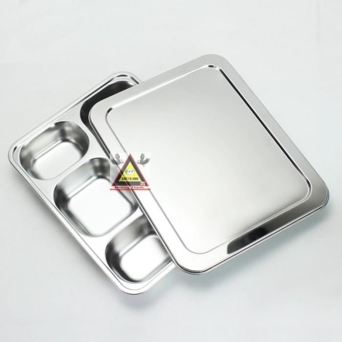 Khay cơm 5 ngăn inox 100%0