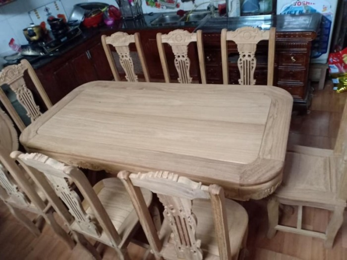 Bộ bàn ghế phòng ăn gỗ gõ đỏ mẫu đơn giản3