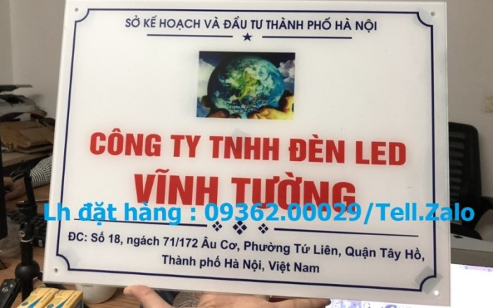 Xưởng chuyên cung cấp biển công ty mica, đồng ,inox tại Hà Nội6