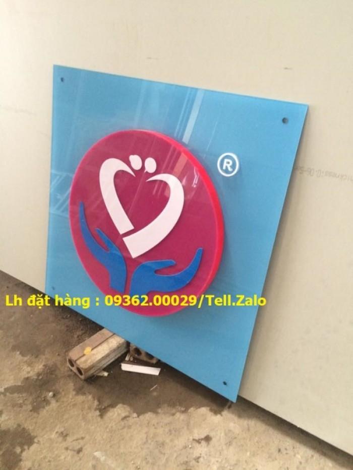 Xưởng chuyên cung cấp biển công ty mica, đồng ,inox tại Hà Nội18