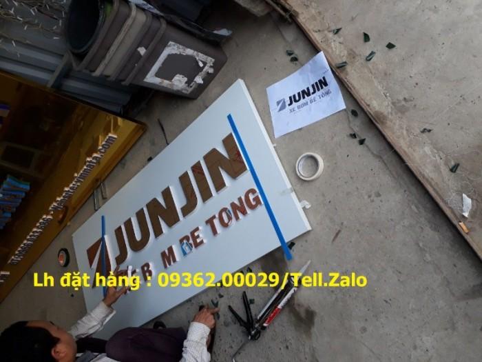 Xưởng chuyên cung cấp biển công ty mica, đồng ,inox tại Hà Nội12