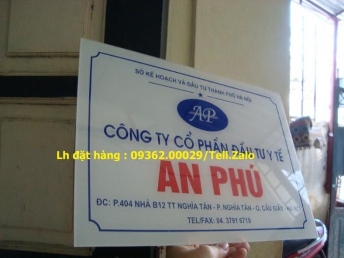 Xưởng chuyên cung cấp biển công ty mica, đồng ,inox tại Hà Nội8