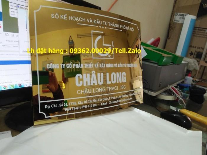 Xưởng chuyên cung cấp biển công ty mica, đồng ,inox tại Hà Nội14