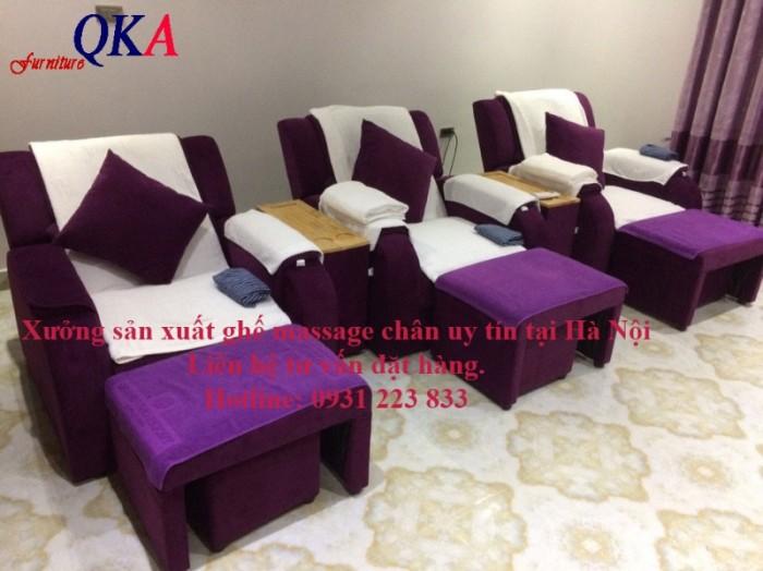 Ghế massage chân có nhiều mẫu mã và màu sắc.2