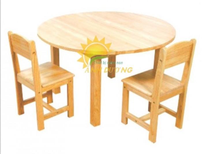 Cung cấp bàn ghế gỗ mầm non giá rẻ, uy tín, chất lượng nhất5