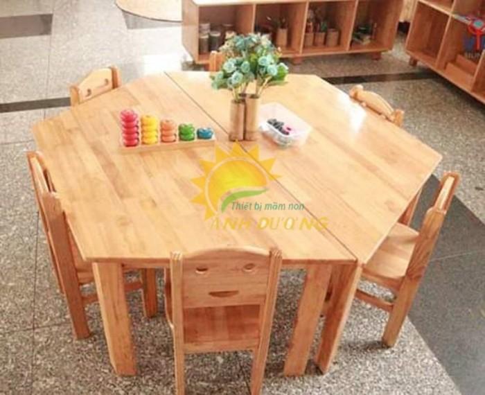 Cung cấp bàn ghế gỗ mầm non giá rẻ, uy tín, chất lượng nhất8