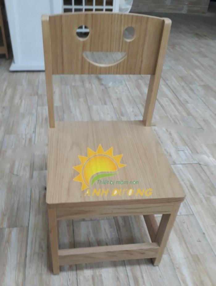 Cung cấp bàn ghế gỗ mầm non giá rẻ, uy tín, chất lượng nhất13