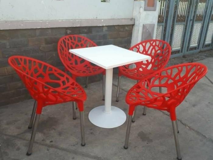 Bàn ghế cafe nhựa táo hoa văn AK124