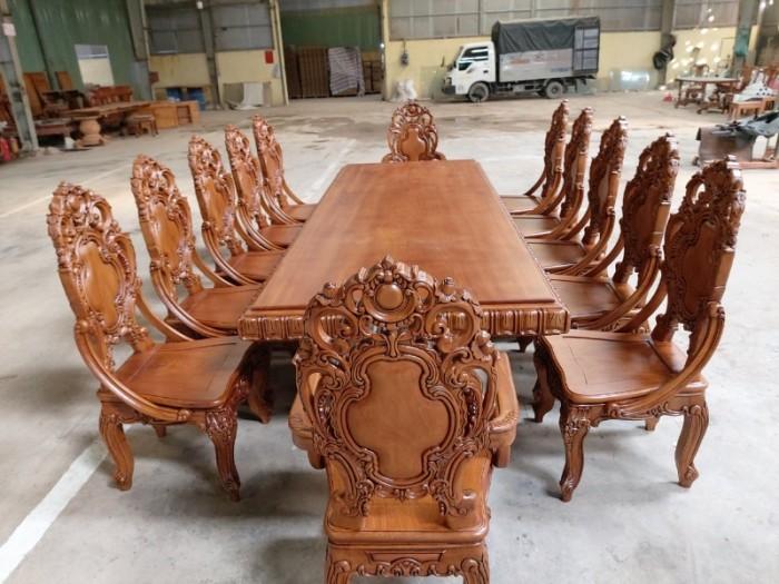 Bộ bàn ăn kiểu cổ điển phong cách sang chảnh- quý tộc được đại gia mua dùng0