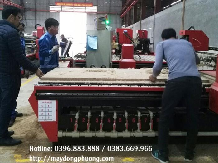 Máy cắt CNC hút chân không | Máy CNC 1325-1 | Máy cắt gỗ CNC3