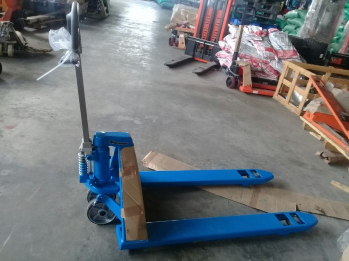 Xe nâng Bishamon 2,5 tấn0