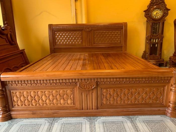 Giường ngủ hoa mai gỗ gõ đỏ đẹp giá rẻ tại Sài Gòn0