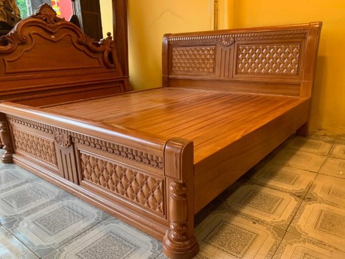 Giường ngủ hoa mai gỗ gõ đỏ đẹp giá rẻ tại Sài Gòn4