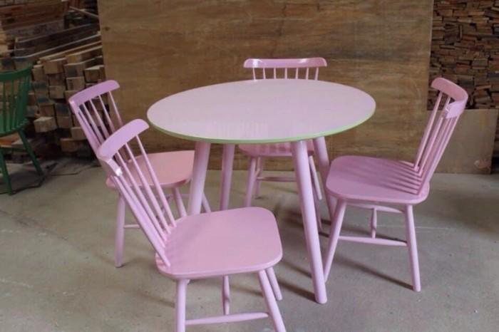 Bàn ghế gỗ nhiều màu dùng cho các cafê,nhà hàng,quán ăn,bar,resort…0