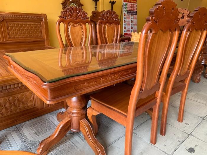 Bộ bàn ăn 6 ghế gỗ tự nhiên bán chạy nhất tại Sài Gòn2
