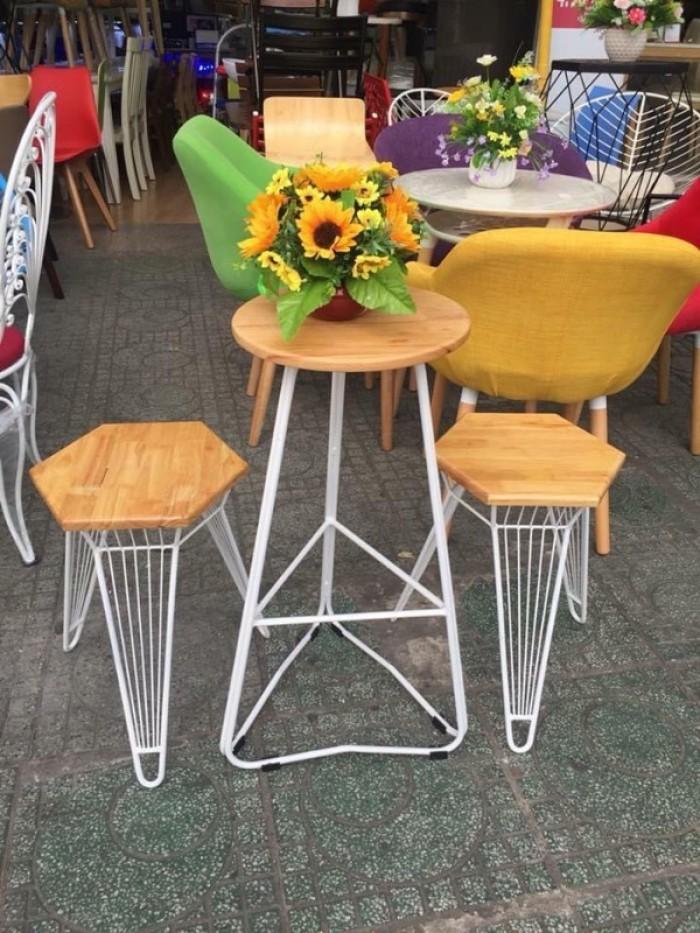 Các mẫu bàn ghế đẹp và độc hòa hợp với mọi không gian là đây từ gỗ,nhựa,sắt..5