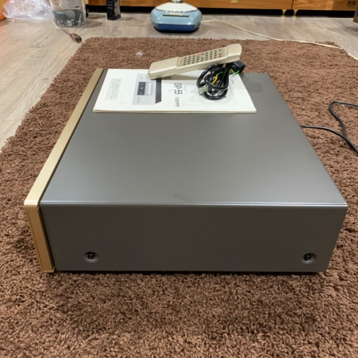 CD Accuphase DO-558