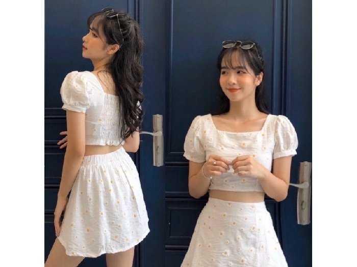Set nữ trắng hoa cúc áo croptop chân váy0