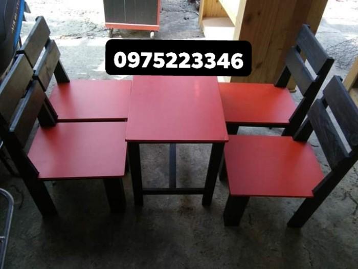 Bàn ghế gỗ nhiều màu giá tại xưỡng sản xuất1