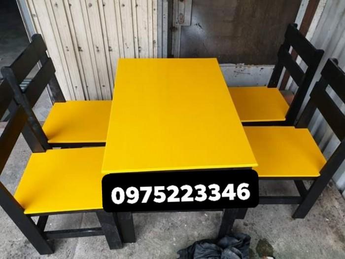 Bàn ghế gỗ nhiều màu giá tại xưỡng sản xuất2
