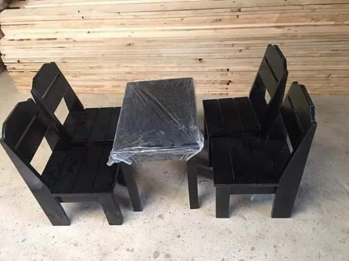 Bàn ghế gỗ nhiều màu giá tại xưỡng sản xuất5