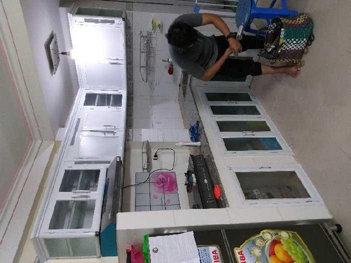 Tủ bếp nhôm kính, tủ đặt cao cấp2