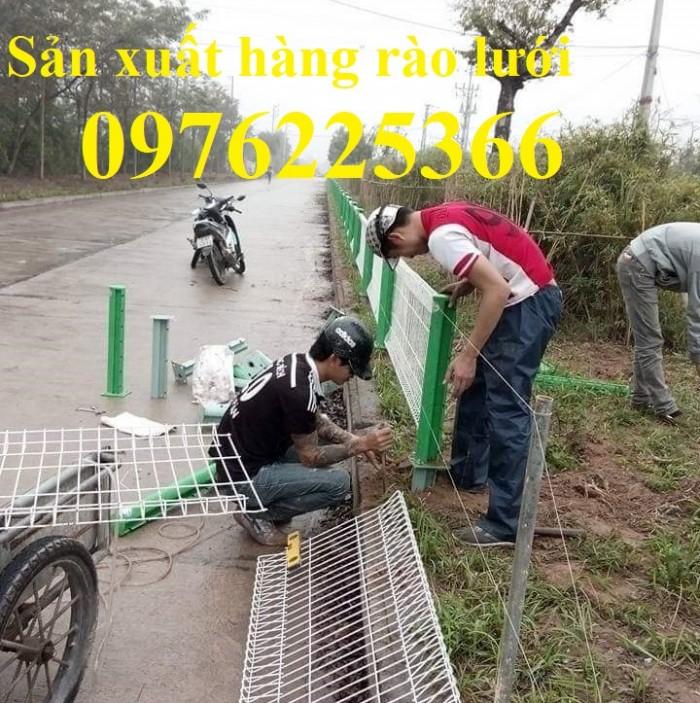 Hàng rào lưới thép mạ kẽm sơn tĩnh điện D5 a50x200 chấn sóng3