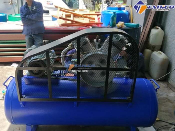 Máy nén khí Gezmany GZ600 7,5 HP tại Đăk Nông0