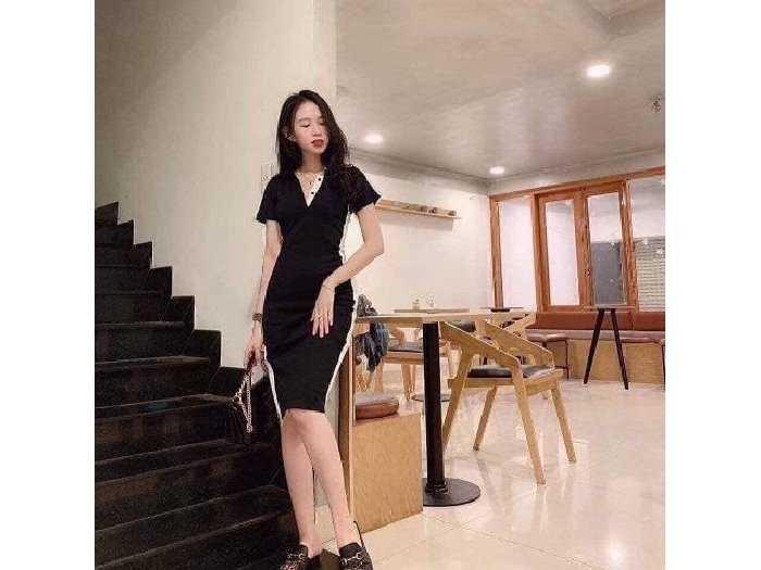 Đầm váy nữ body đen viền trắng xẻ tà1