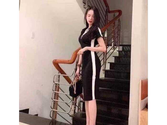 Đầm váy nữ body đen viền trắng xẻ tà2