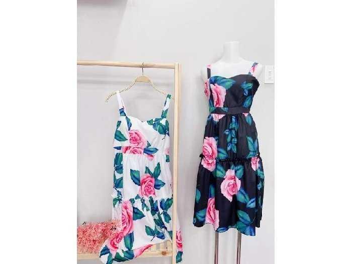Đầm váy nữ 2 dây hoa xòe có 2 màu trắng4