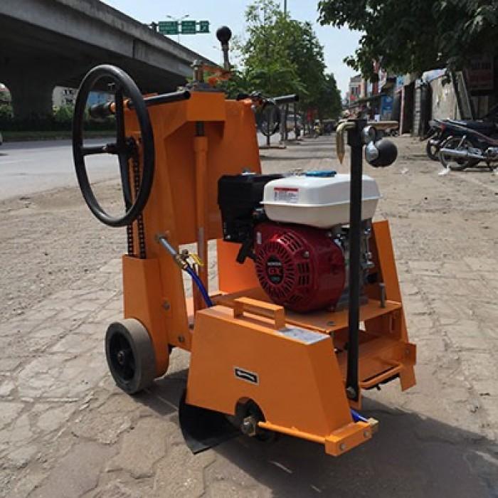 Bán máy cắt đường bê tông kc 20 ,máy cắt bê tông động cơ gx390 giá rẻ nhất0