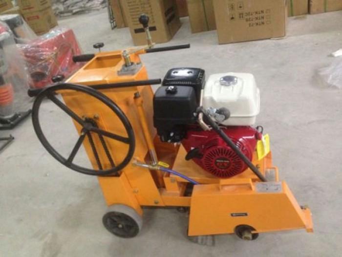 Bán máy cắt đường bê tông kc 20 ,máy cắt bê tông động cơ gx390 giá rẻ nhất1