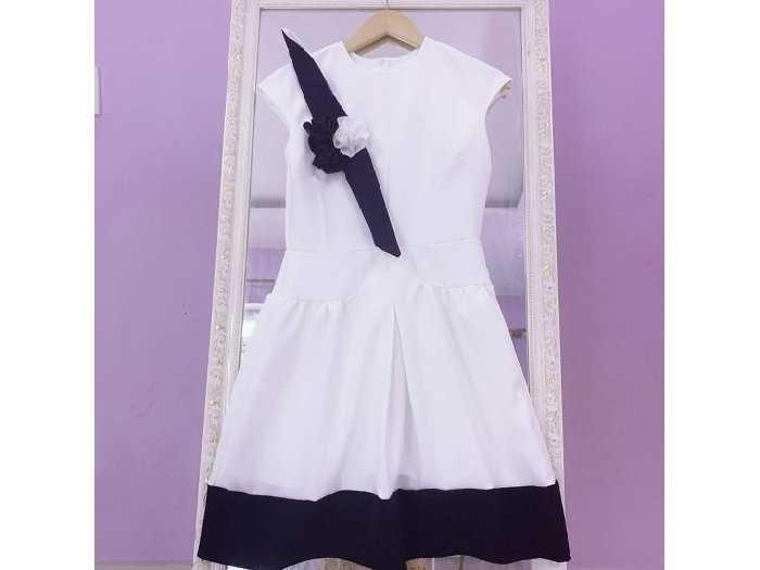 Đầm váy nữ xòe phối nơ hoa viền đen3