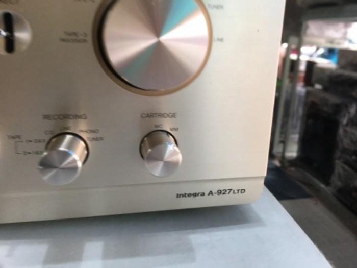 Bán chuyên ampli onkyo 927 ( LTD ) hàng bải tuyển chọn từ nhật về0