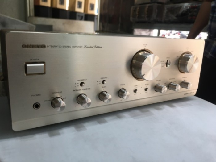 Bán chuyên ampli onkyo 927 ( LTD ) hàng bải tuyển chọn từ nhật về5