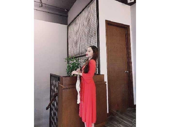 Đầm váy nữ đỏ đũi thêu hoa dág xòe bo eo1