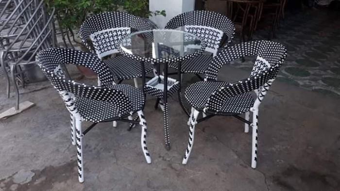 Chuyên sĩ lẻ bàn ghế nhựa giả mây cafe giá tốt nhất..4