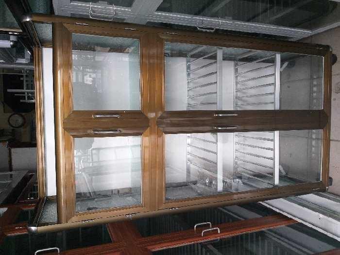 Tủ nhôm kính bếp có 2 màu3