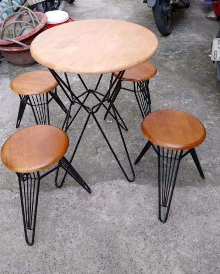 Bàn ghế  gỗ cóc mẫu mới nhất hiện nay1