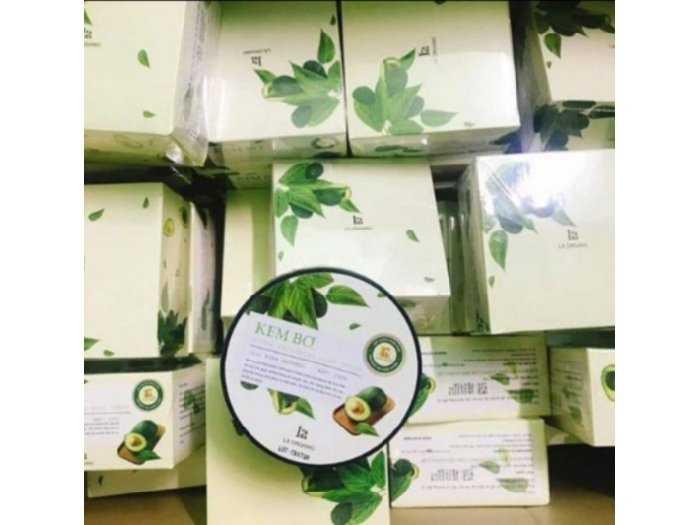 Kem body bơ lá organic1