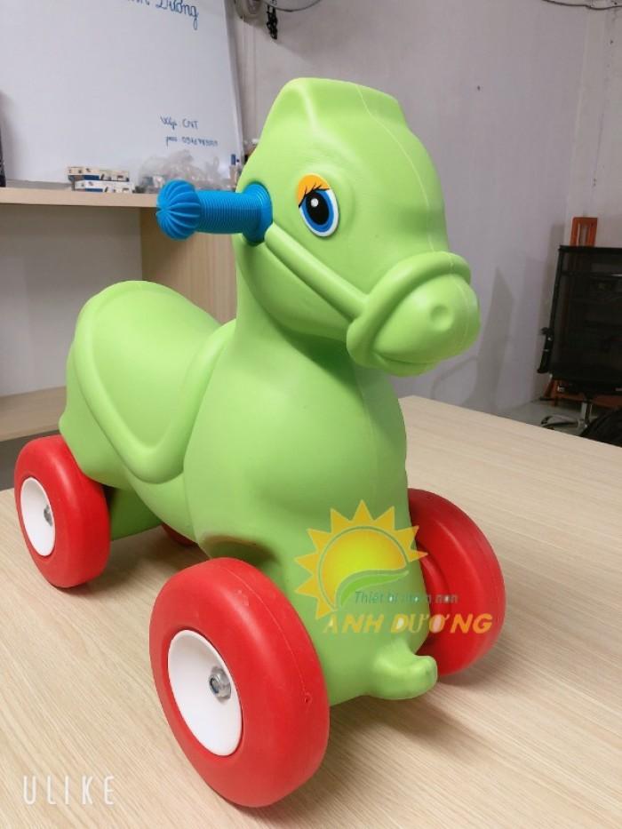 Đồ chơi xe chòi chân 4 bánh hình con vật dành cho trẻ em mầm non3