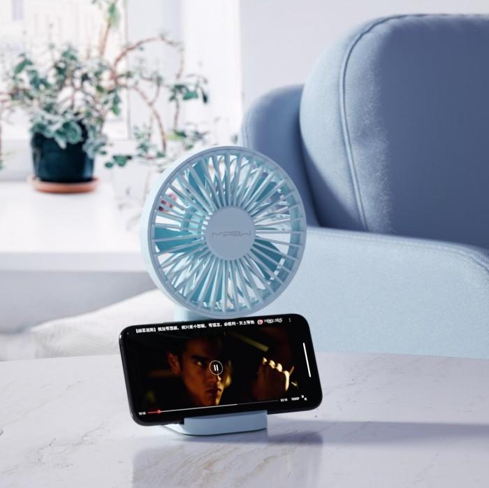 SẢN PHẨM BAO GỒM 1x Mini fan 1x Cáp sạc 1x Giá đỡ quạt + điện thoại 1x hướng dẫn sử dụng Bảo hành 1 năm (1 đổi 1)