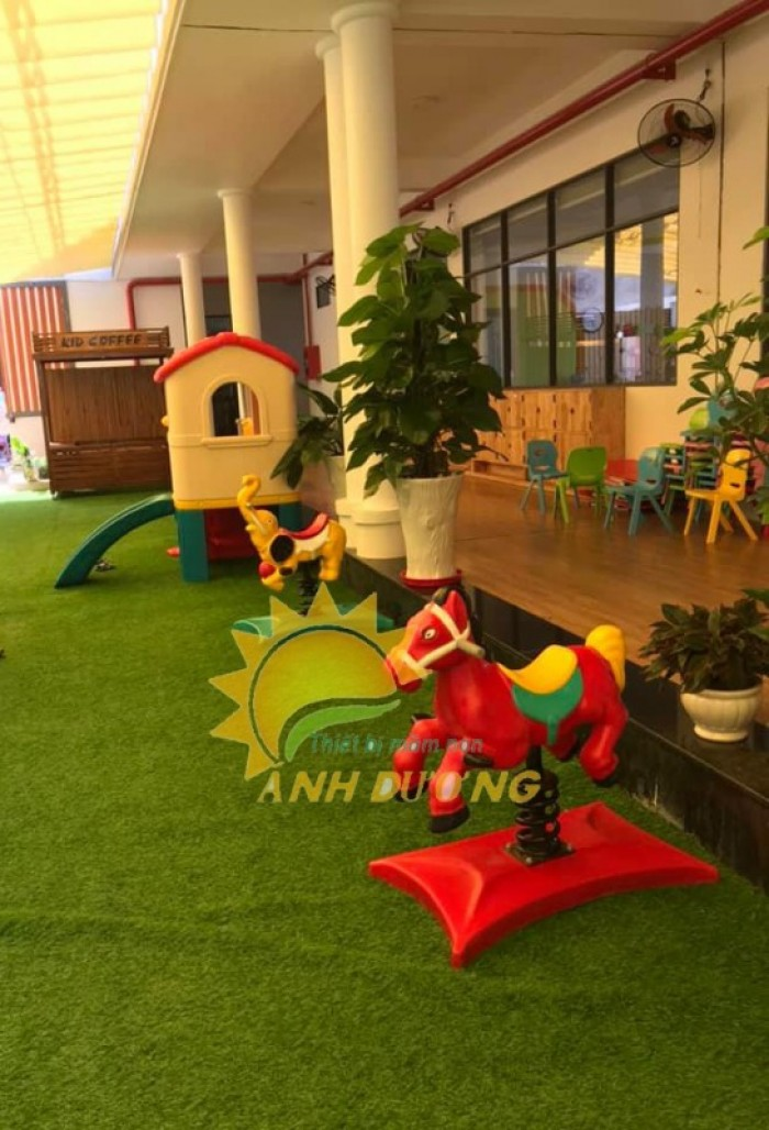 Chuyên cung cấp thú nhún lò xo cho trường mầm non, sân chơi trẻ em, công viên19